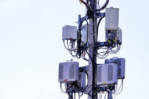 5g-danger-mobile-cell-tower