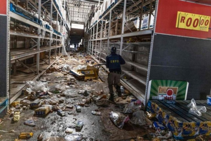south-africa-looting